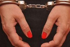 Донские полицейские задержали подозреваемую в грабеже