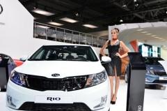 """Из-за падения рубля """"АвтоВАЗ"""" с мая повышает цены на весь модельный ряд"""