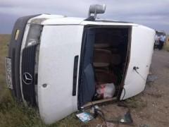 ДТП в Азербайджане: перевернулся микроавтобус, пострадали 11 человек