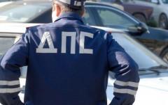 В Калмыкии инспектор ДПС подозревается в мелком взяточничестве