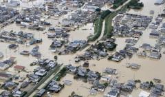В Японии жертвами наводнения стали 134 человек