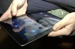 40-летний туапсинец поймался на краже планшета и двух телефонов
