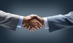 Ученые: Рукопожатия приносят пользу для бизнесменов