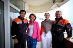 В Сочи спасатели эвакуировали  на берег пассажиров и капитана парусного катамарана