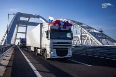 Вениамин Кондратьев прокомментировал открытие движения большегрузов по Крымскому мосту