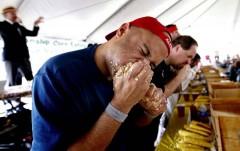 В Ростове состоится V ежегодный чемпионат по поеданию пирогов на скорость