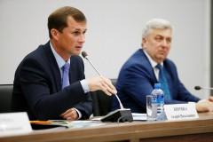 Вице-губернатор Андрей Коробка посетил открытие главной животноводческой выставки Юга России