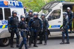 Психически нездоровый поляк пытался проникнуть в российское посольство в Берлине