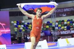 Новороссиец Александр Головин взял «золото» первенства мира U-23 по греко-римской борьбе в Бухаресте