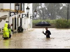 В Испании сильные дожди обернулись наводнениями