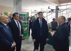 Глава Минсельхоза РФ Дмитрий Патрушев ознакомился с достижениями кубанской селекции зерновых культур