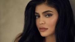 Младшая сестра Ким Кардашьян возглавила рейтинг Forbes с 900 млн долларов