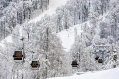 На курортах Красной Поляны подготовлено более 100 горнолыжных трасс