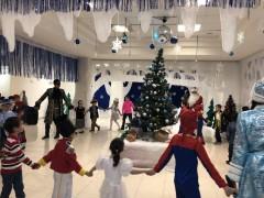 Следователи Калмыкии приняли участие в акции «Новогодний подарок»