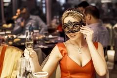 Опрос показал, как россияне отмечали Новый год