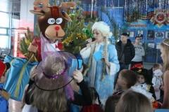 В Рождество на железнодорожном вокзале Анапы всех встречал Полицейский Дед Мороз
