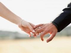 Опрос показал, что 19% россиян не хотят жениться
