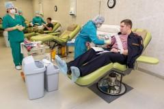 В Краснодаре росгвардейцы сдали кровь в поддержку тяжелобольных пациентов