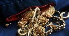 В Ростова-на-Дону раскрыта кража ювелирных украшений на 200 тысяч рублей