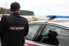 На Кубани росгвардейцы задержали мужчину, проникнувшего в чужой дом