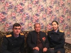 В Элисте следователи СКР встретились с ветераном войны в Афганистане