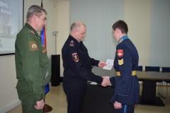 В Ставрополе руководители городской полиции вручили паспорта ученикам кадетского училища