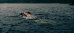 В Ростове горе-пловец проигнорировал предупреждение спасателей и едва не утонул