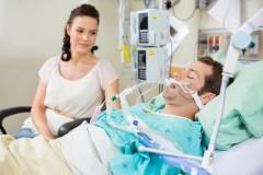 Родственникам разрешат посещать больных в реанимации
