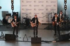 В аэропорту Платов состоялся концерт группы «Ромарио»