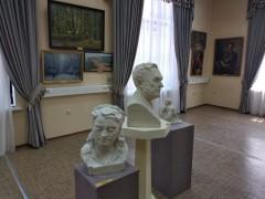 В новом здании Таганрогского художественного музея начала работу выставка «Не подводя итоги…»