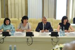 Мурат Кумпилов поручил повысить в Адыгее качество медуслуг и охват населения диспансеризацией