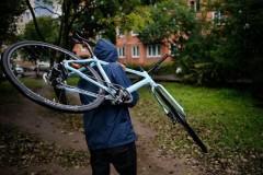 В Аксае вор-рецидивист позарился на чужой велосипед