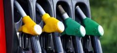 В мае резко подняли цены производители бензина