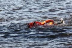 В Ростове спасатели доставили на берег двух едва не утонувших подростков