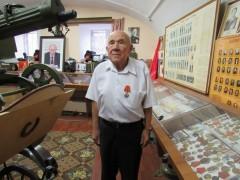 На Ставрополье сотрудники полиции поздравили с 80-летием ветерана органов внутренних дел