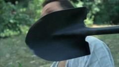 Житель Городовиковска забил лопатой своего обидчика