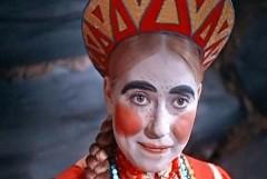 После падения со сцены Инна Чурикова остается в реанимации