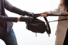 На двух несовершеннолетних элистинцев завели дело о грабеже