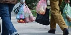 Роспотребнадзор прорабатывает вопросы полного запрета пластиковых пакетов