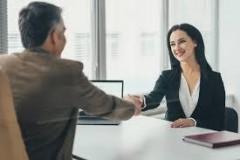 Агрессивный хантинг: больше половины компаний «воруют» специалистов у конкурентов
