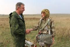 В Ставрополе юные росгвардейцы совершили прыжки с десантным парашютом