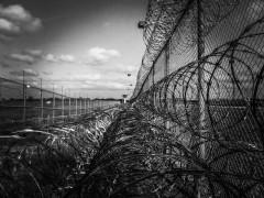 В России начнут блокировать сотовую связь в тюрьмах