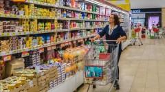 Россияне больше всего волнуются за экономику страны, здоровье и цены на еду - опрос