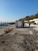 В Сочи судебные приставы опечатали пляж