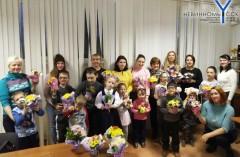 В Невинномысске провели мастер-класс по изготовлению подарков для мам