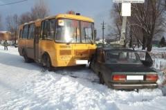 ДТП с участием школьного автобуса произошло в Багаевском районе Дона