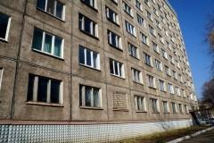 Во Владивостоке студент выпал из окна общежития