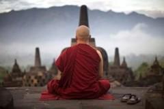 В Таиланде монах предался греху и погиб от удара током