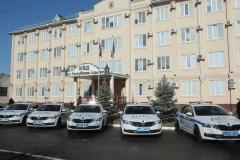 Глава МВД по Адыгее Владимир Алай вручил сотрудникам ГИБДД ключи от новых служебных автомобилей