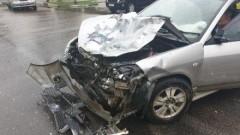 В Азовском районе мужчина совершил ДТП на чужом автомобиле и сбежал